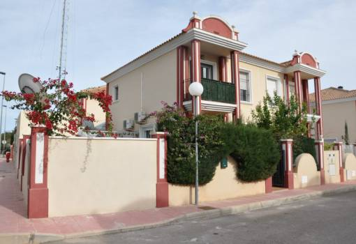 Paired house - Sale - Orihuela Costa - Campoamor