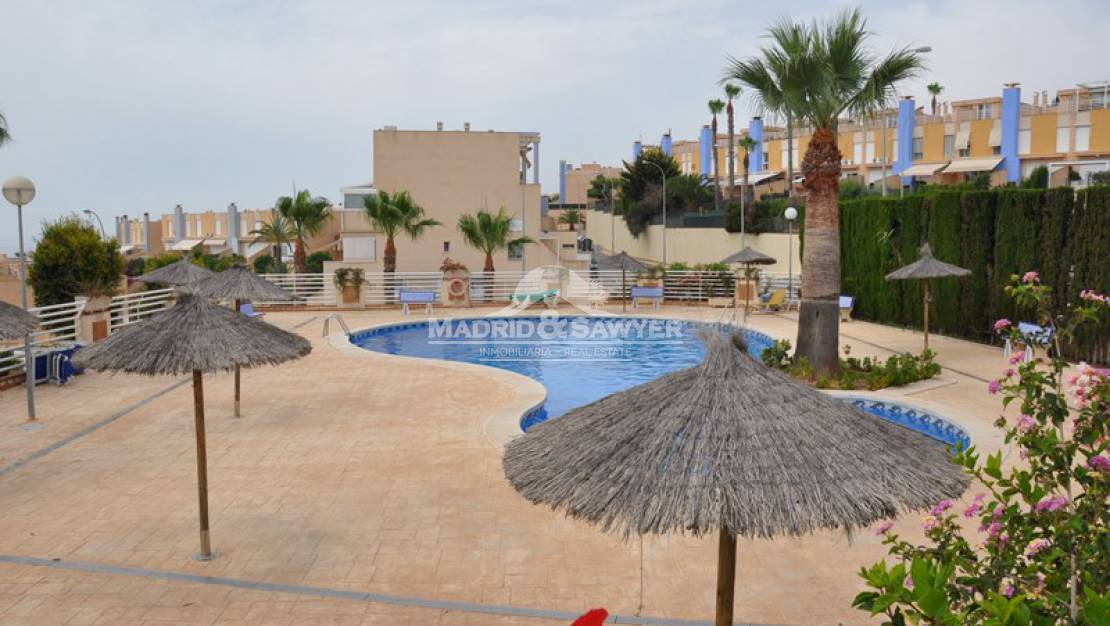 Resale - Bungalow ground floor - Orihuela Coast - Campoamor
